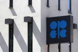Harga Minyak Tergelincir Didorong Perseteruan OPEC+