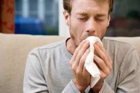 Apakah Batuk Kering Gejala Terinfeksi Virus Corona?