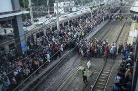 Jadwal Penambahan Perjalanan KRL Tangerang-Duri Mulai 6 Juli 2020