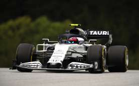 Aston Martin Red Bull Racing Gagal Finish, Honda Selidiki Masalah