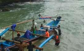 Perahu Terbalik, 3 Nelayan Lobster di Gunungkidul Selamat