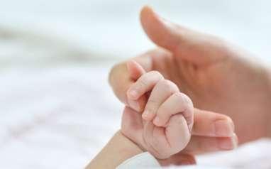 Bayi Dibuang dalam Kardus, Pelaku Terekam CCVTV Naik Mobil