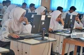 Pemkot Bandung Beri Bantuan Rp33,7 Miliar Bagi Siswa RMP SMA/SMK