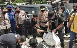 Polisi Korek Identitas Pengirim Sabu 200 Kilogram ke Kalsel