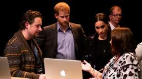 Pangeran Harry Minta Perusahaan Tak Beriklan di Platform Digital