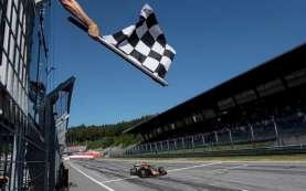 Verstappen Tidak Menyangka Bisa Kalahkan Dua Mercedes di Silverstone