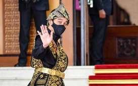 Foto-Foto Jokowi Pakai Baju Adat Sabu Saat Sidang Tahunan MPR DPR