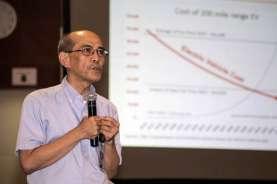Faisal Basri: RI Butuh 'Panglima Perang' yang Kerja 24 Jam untuk Tangani Covid