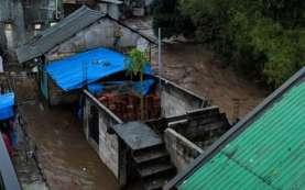 PLN Mulai Nyalakan Listrik Warga Terdampak Banjir Sukabumi,