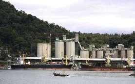 PT Semen Padang Ekspor 25.000 Ton Semen ke Australia