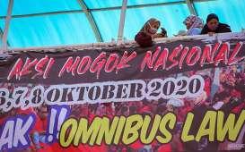 DINAMIKA PENGESAHAN RUU CIPTA KERJA : Masihkah Ada 2 Jempol Jokowi?