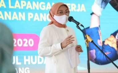 Menaker Pastikan UU Cipta Kerja Tak Hapus Upah Minimum Kota/Kabupaten
