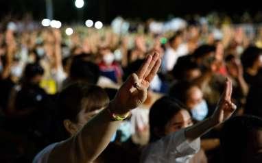 Thailand Tetapkan Status Darurat di Bangkok Akibat Demo Besar