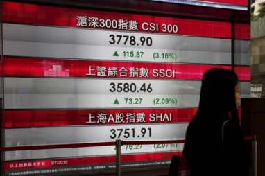 PDB China Naik di Bawah Ekspektasi, Indeks Shanghai Composite Fluktuatif