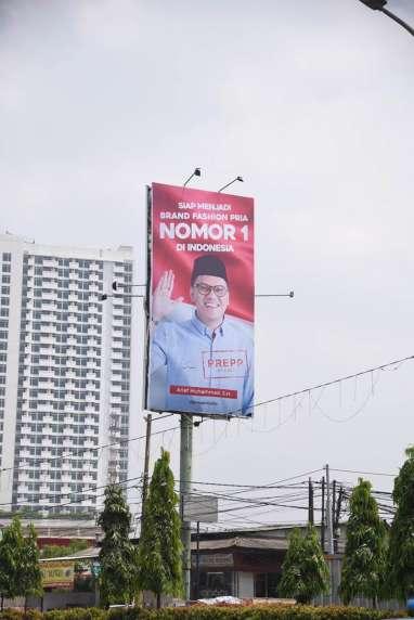 Sempat Viral di Medsos, Ternyata Ini Arti Poster Youtuber Arief Muhammad