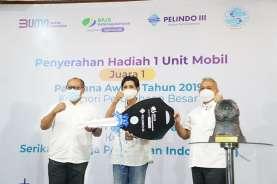 Kuatkan Harmonisasi Dengan Pegawai, Pelindo 3 Serahkan Mobil Hadiah Paritrana Award Pada Serikat Pegawai