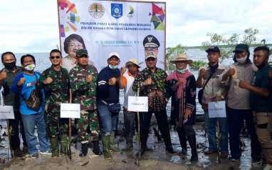 Masyarakat Belitung Timur Respons Positif Program Padat Karya Penanaman Mangrove