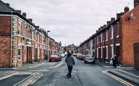 Harga Rumah di Inggris Turun Tipis pada November