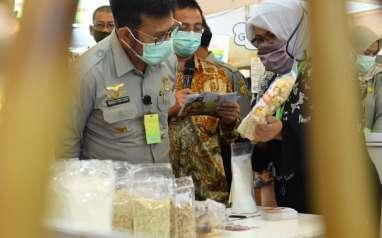 SEKTOR UNGGULAN   : Pertanian Topang Ekonomi Daerah