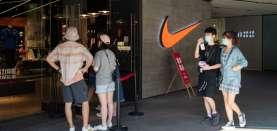 Ketika China Selamatkan Bisnis Fesyen Global, Siapa Taipan Paling Diuntungkan?