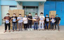 Pengusaha Muda Asal Palembang Bagikan Hand Sanitizer dan Bantuan Tunai