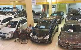 WACANA PAJAK MOBIL 0% : Pasar Mobil Bekas Waswas