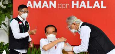 Jokowi Sudah Divaksin, Sektor Saham Mana Paling Cepat Bugar?