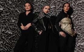 Koleksi pret-a-porter Scribble Scarf Rumah Mode Barli Asmara