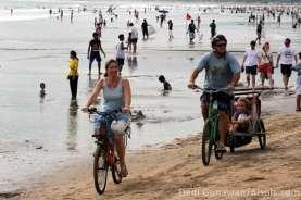 Viral WNA Promosi Tinggal di Bali Saat Pandemi, Nama Akun Berbeda dengan Paspor