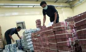 Kuartal Pertama, Simpanan Duit Masyarakat di Bank Diramal Mulai Landai