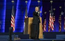 Tangis Joe Biden Pecah saat Pidato Sebelum Berangkat ke Washington