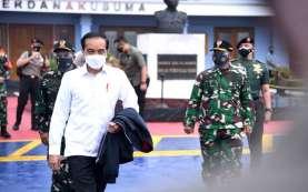 Presiden Jokowi Tinjau Lokasi Posko Darurat Sriwijaya Air