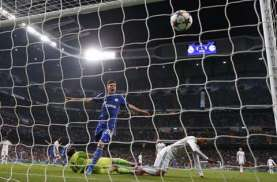 Gabung ke Schalke 04, Huntelaar Siap Hadapi Tantangan Berat