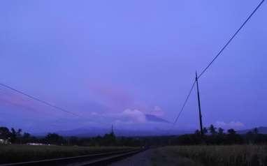 Aktivitas Gunung Raung Meningkat, Ini Kata Pusat Vulkanologi