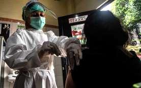 20.154 Tenaga Kesehatan Belum Bisa Vaksinasi Covid-19, Mengapa?