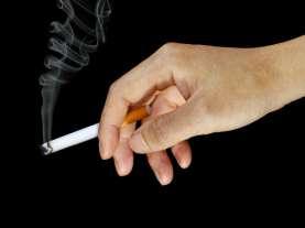 Tegas! KAI Turunkan Penumpang yang Merokok di Kereta