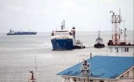 Menteri Luhut Dorong ASDP Terapkan Digitalisasi di Semua Pelabuhan