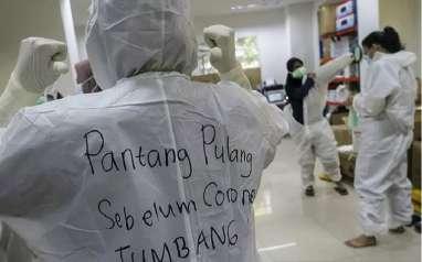 Pemangkasan Insentif Nakes di Tengah Pandemi dan Kenaikan Anggaran PEN 2021