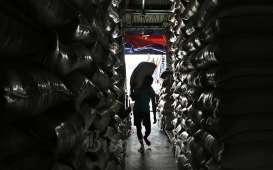 Harga Beras Premium Indonesia Kurang Kompetitif di Luar Negeri