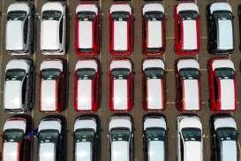 PPnBM Mobil Dibebaskan, Penerima Bansos Dikurangi. Stimulus Berpihak kepada Siapa?