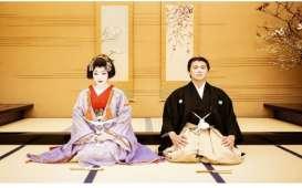 Ulang Tahun ke 2 Pernikahan,  Syahrini Berdandan Ala Geisha, Ini Foto-fotonya