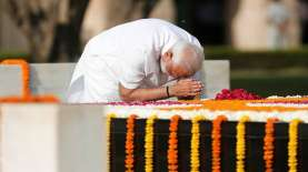 Tangkal Keraguan, PM Modi Disuntik Vaksin COVAXIN