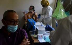 Cek Fakta: Vaksinasi Lansia 1.000 Orang Sehari di Badan PPSDM Kemenkes Tak Perlu Daftar