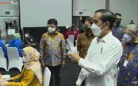 Presiden Minta Pemda Percepat Vaksinasi Covid-19 di Daerah