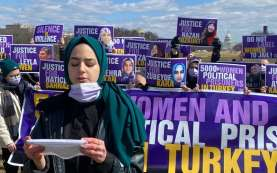 Kaum Perempuan Turki Protes Pelanggaran HAM Terhadap Wanita