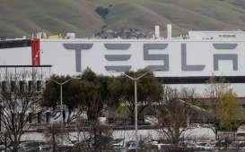 Tesla dan Komunikasi Publik