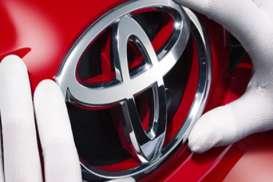 INDUSTRI OTOMOTIF : Menanti Estafet Lima Dasawarsa Toyota