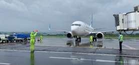 """Adu Kuat Garuda Indonesia (GIAA) & AirAsia (CMPP) Lepas Tato """"E"""""""