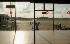 AP I dan AP II Tunggu Dasar Hukum Soal Parkir Pesawat Gratis
