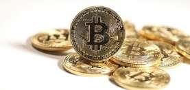 Perang Nasib Ethereum dan Dogecoin saat Sinar Bitcoin sedang Redup